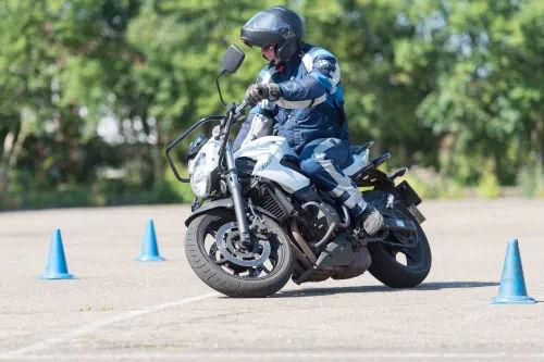 Motorrijbewijspoint Hoorn motor rijtest
